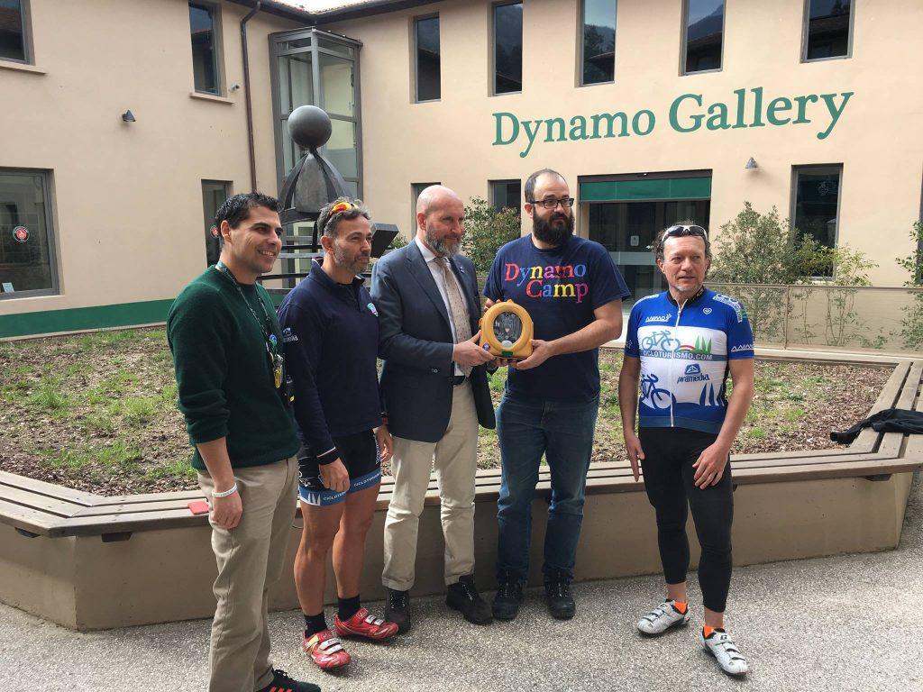 1-donazione-defibrillatore-samaritan-dynamo-camp