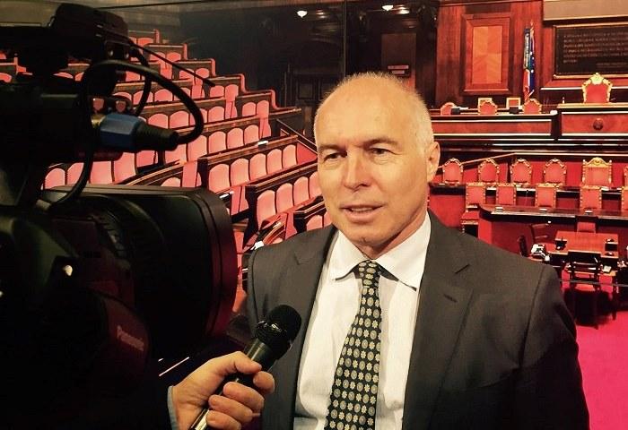 Senatore Franco Panizza defibrillatori decreto balduzzi